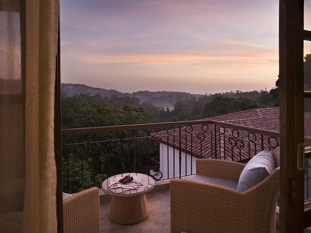 beautiful-nature-view-with-accommodation